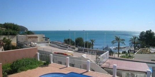 4 Bed Villa Meters From The Sea L'Andrago