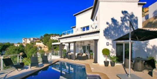 Stunning 4 Bed Villa For Sale Piachi