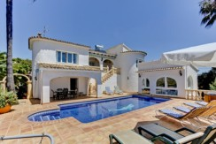 5 Bed Villa For Sale With Sea Views
