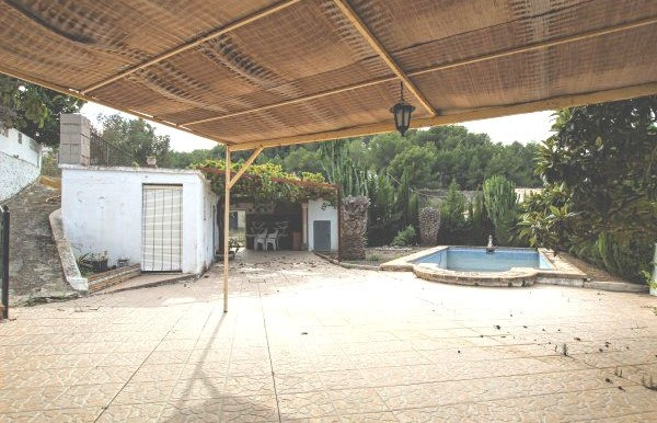Large 3 Bed Finca In Need of Reform For Sale Teulada