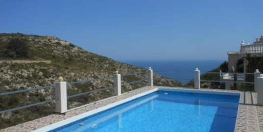 Beautiful 3 Bed Villa For Sale With Sea Views