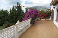 Great Opportunity For 6 Bed Villa For Sale In Calpe